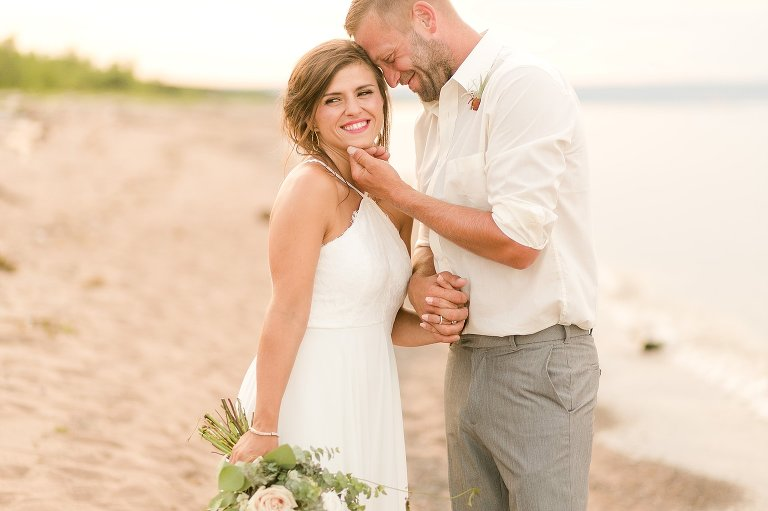 romantic wisconsin wedding photographer