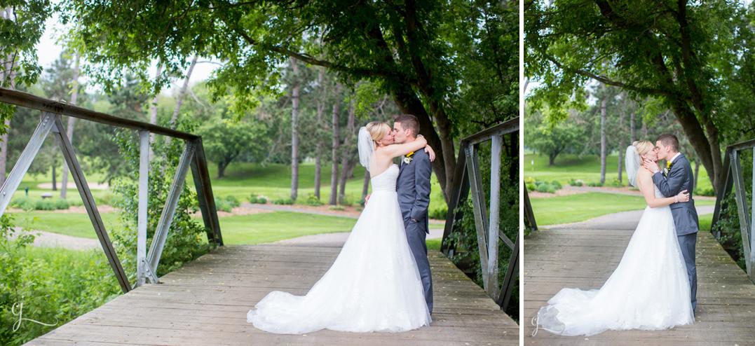 Megan dave eau claire golf and country club eau claire for Wedding dresses eau claire wi